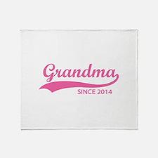 Grandma since 2014 Throw Blanket