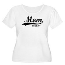 Mom since 2014 T-Shirt