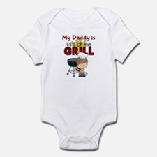 My Daddy is King of the Grill Infant Bodysuit