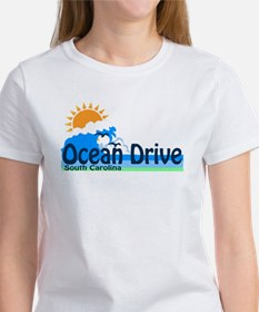 Ocean Drive Beach SC - Waves Design T-Shirt