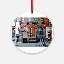 Greenwich Village: Macdougal St. Ale House Ornamen