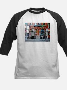Greenwich Village: Macdougal St. Ale House Tee