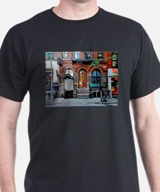 Greenwich Village: Macdougal St. Ale House T-Shirt