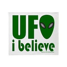 UFO I BELIEVE Throw Blanket