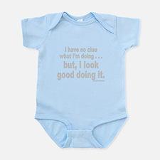 NO CLUE Infant Bodysuit