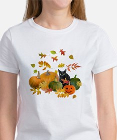 Black Cat Pumpkins Women's T-Shirt