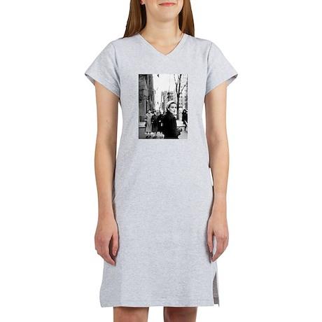 5th Avenue Stroll Women's Nightshirt