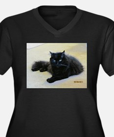 Black cat Women's Plus Size V-Neck Dark T-Shirt