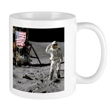 RightPix Moon F2 Mug