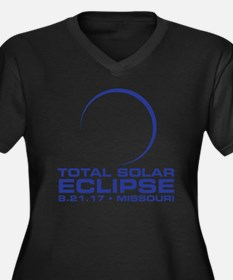 Cool Eclipse 2017 Women's Plus Size V-Neck Dark T-Shirt