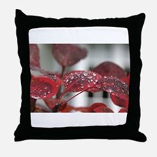 Dew on red leaves, Throw Pillow