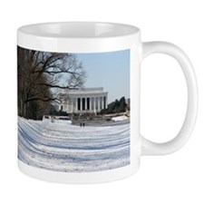 Lincoln memorial winter scene Mug