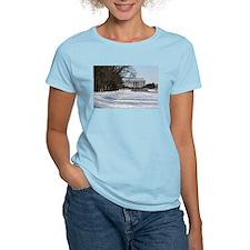 Lincoln memorial winter scene T-Shirt