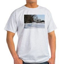 Lincoln memorial winter scene T-Shirt