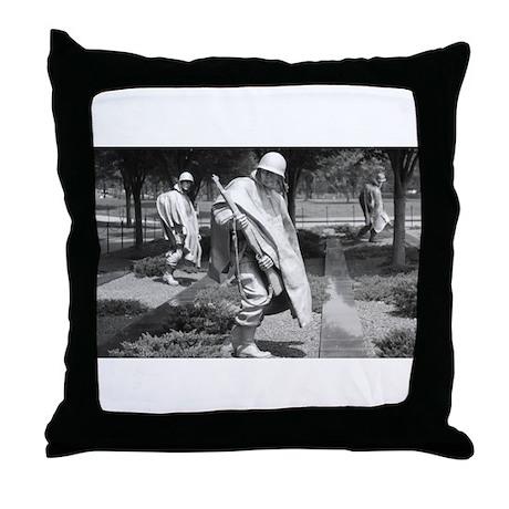 korean war memorial veterans statues Throw Pillow