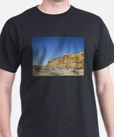 Blue skies without lies T-Shirt