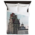 Grunge Wisconsin Flag Queen Duvet