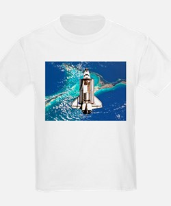Shuttle Atlantis over Bahamas T-Shirt