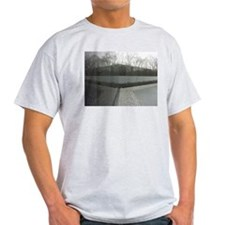 Vietnam war memorial wall reflection T-Shirt