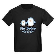 BestBigSister_Penguins_German1 T-Shirt