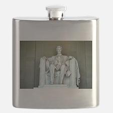 Lincoln - Straight on - Horizontal.jpg Flask