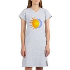 Sun moon no lines Women's Nightshirt