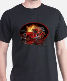 1920 Type 75 Pumper Fire Truck 2 Black T-Shirt