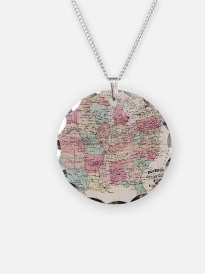 Vintage United States Map (1 Necklace