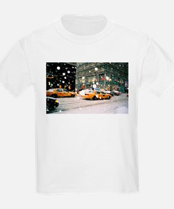 Yellow Taxi in Snow T-Shirt