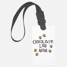 chocolate lab mom.png Luggage Tag