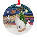 XmasMagic - Turkish Van cat Round Ornament
