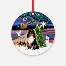 Santa's Tri color Sheltie Ornament (Round)