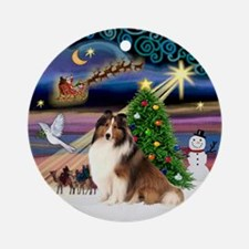 Xmas Magic Sheltie (7) Ornament (Round)