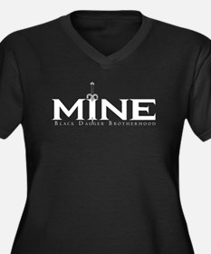 MINE Tohrmen Women's Plus Size V-Neck Dark T-Shirt