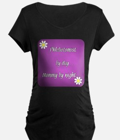 Phlebotomist by day Mommy by night T-Shirt
