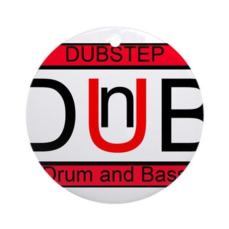 What is the difference between dubstep techno and other EDM?