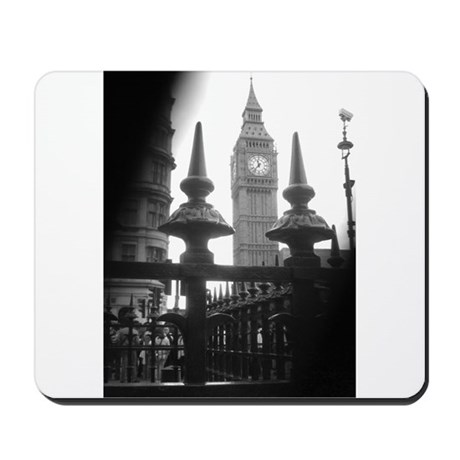 London - First Glance Mousepad