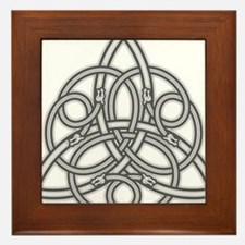 Knot Design Framed Tile
