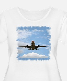 Jet Coming In for a Landing T-Shirt