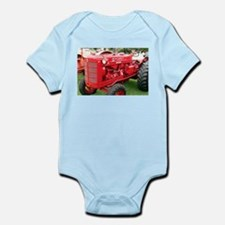 McCormick International Orchard Tractor Infant Bod