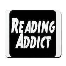Reading addict Mousepad
