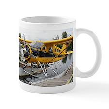 Beaver float plane Small Mug