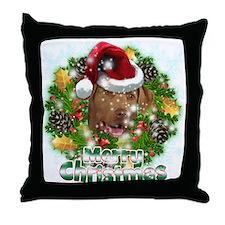 Merry Christmas Chesapeake Bay Retriever.png Throw