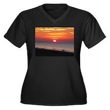 Sun Over Sea Women's Plus Size V-Neck Dark T-Shirt
