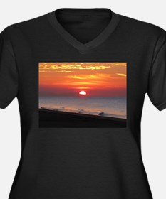 Sun Over Sea Women's Plus Size V-Neck Dark T-Shirt