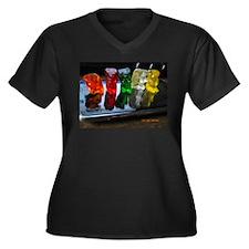 Gummy Bear Friends Women's Plus Size V-Neck Dark T