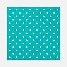Teal dot pattern. Queen Duvet