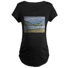 Eilean Donan Castle HDR 6059 , Scotland T-Shirt