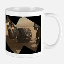 mars curiosity rover on mars Mug
