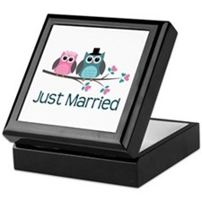Just Married Owls Keepsake Box